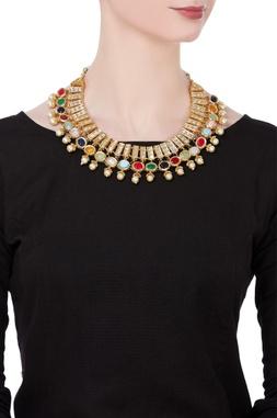 Multi-faceted semi-precious stones necklace