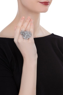 Random bolts statement ring