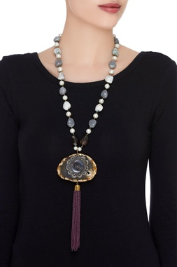 Agate stone & pearl necklace