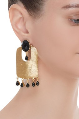 Drop earrings with black stones