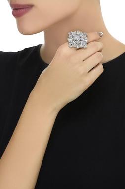 Floral embellished stone finger ring