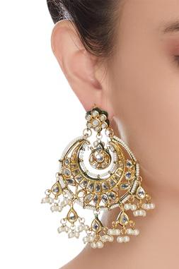 Kundan & faux pearls chaandbaali earrings