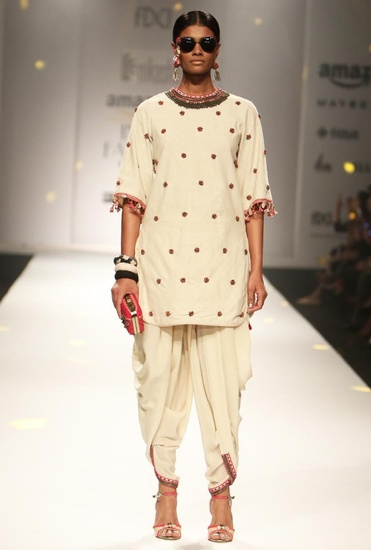 Latest Collection of Ivory embroidered backless tunic with cowl dhoti pants by Nikasha