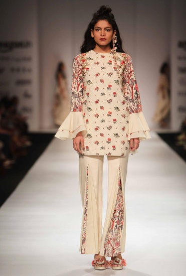 Latest Collection of Ivory khadi open back tunic & printed pants by Nikasha