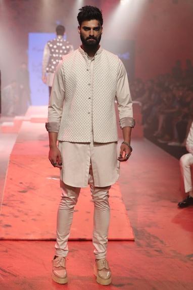 Textured sleeveless sherwani set