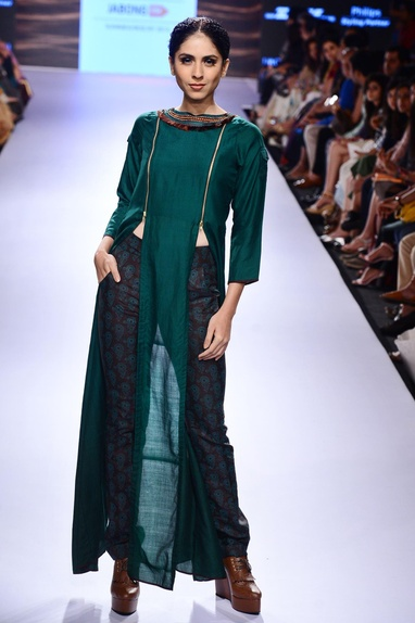 Emerald green slit tunic & printed trousers