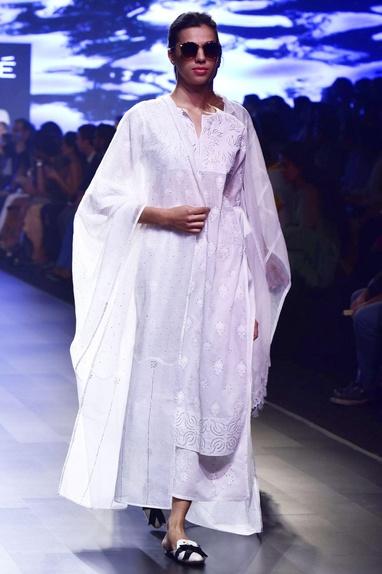 White chikankari applique kurta with kamdani pajamas & dupatta