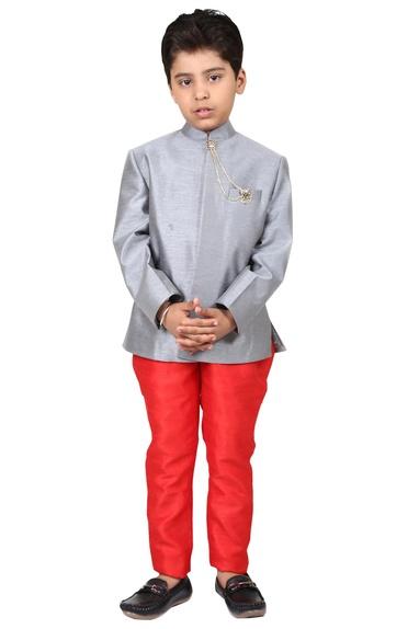 Grey & red dupion & viscose solid bandhgala with jodhpuri