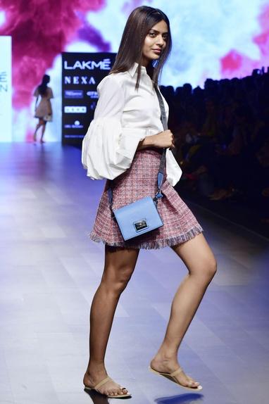 Multi-colored casement mini skirt