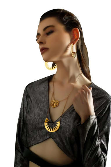 Gold plated double chain spiky necklace