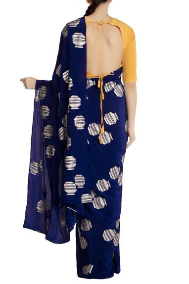 Blue tribal vase motif crepe silk saree with yellow blouse piece