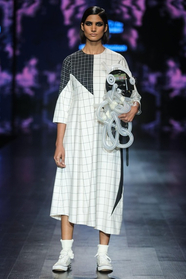 Black & white egyptian cotton chequered asymmetric midi dress