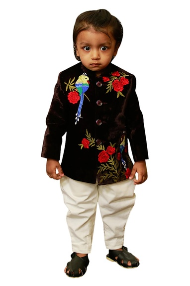 Embroidered achkan with pants