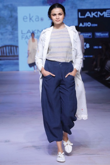 Navy blue loose fitted trousers