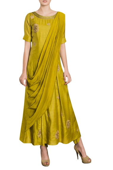 Embroidered full length kurta with attached drape
