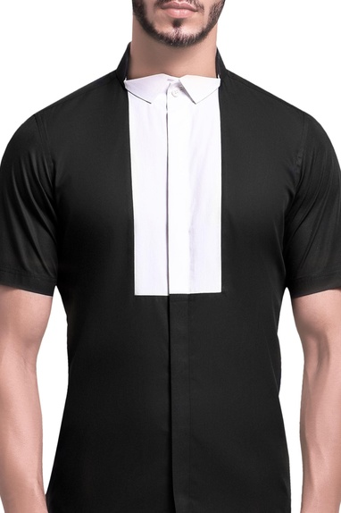 Bib yoke notch collar shirt