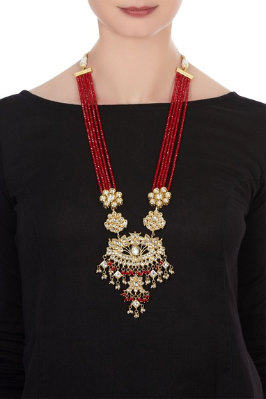 Layered kundan & pearl festive necklace.