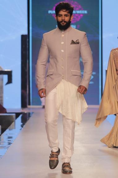 Asymmetric bandhgala with pleated kurta & pants