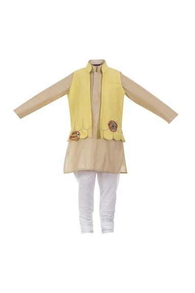 Scallop border open jacket with kurta
