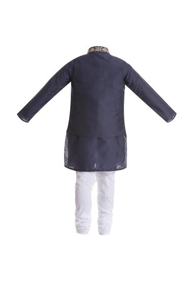 Zardozi embroidered jacket with kurta