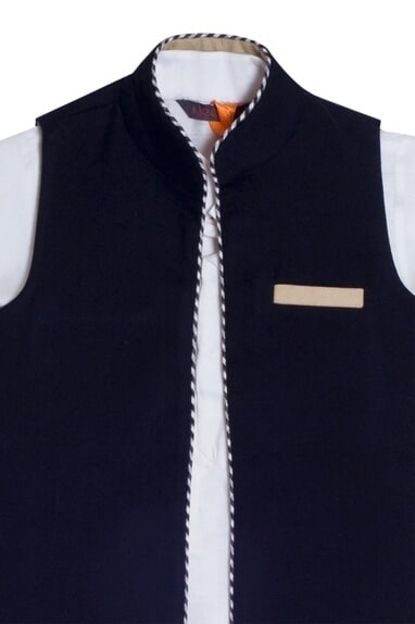 Beige kurta with black reversible jacket