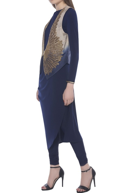 Asymmetric kurta set with embroidered jacket