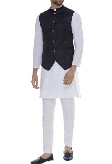 Asymmetric sleeveless nehru jacket
