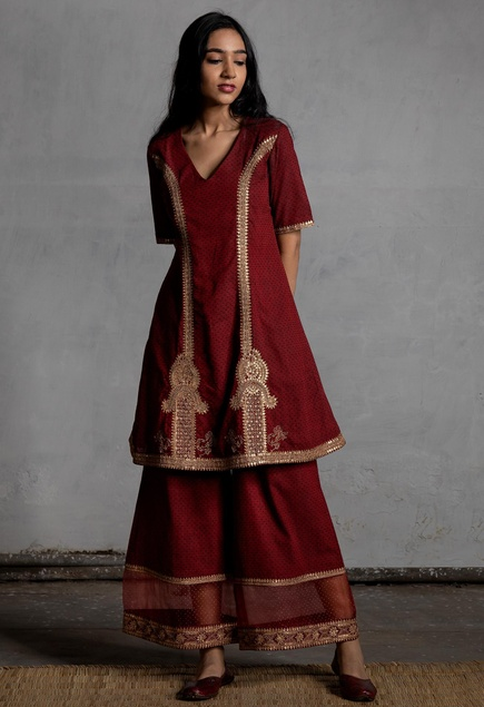 Aari embroidered kurta