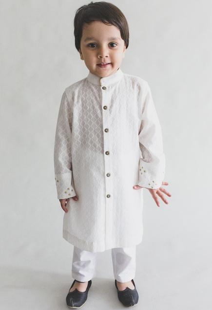 Textured kurta with nehru jacket & churidar