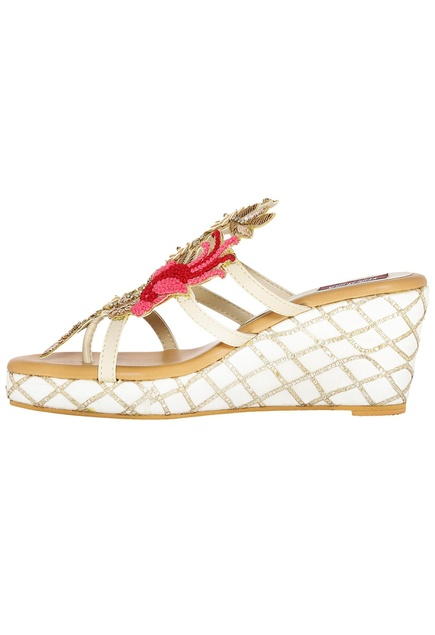 Cream wedges with french knot detailing