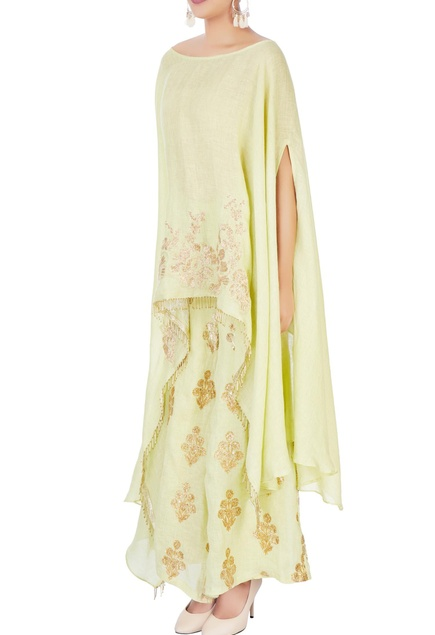 Light green tunic with elbow slit sleeves