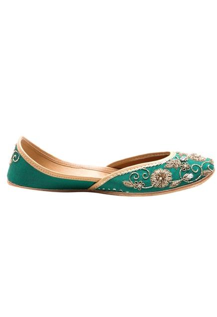 Emerald zardozi embroidered jootis