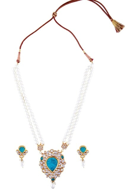 White faux pearl & turquoise necklace with earrings