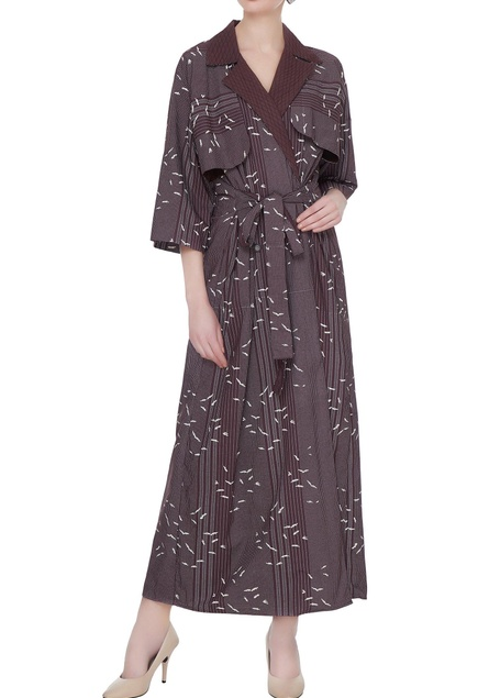 Wine organic poplin barcode line & sparrow print trench coat with quilted collar