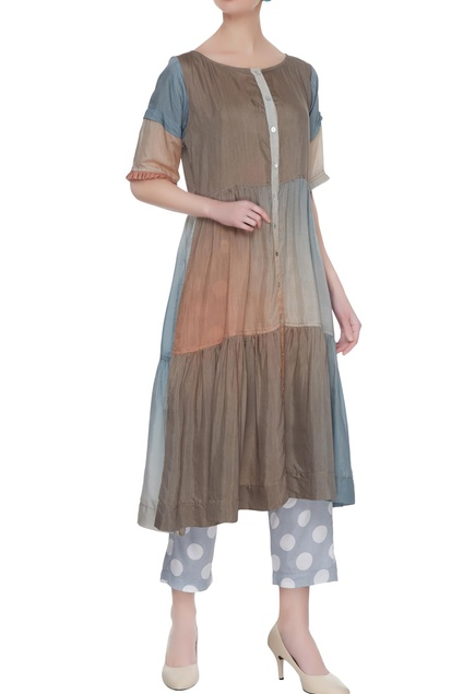 Grey tiered pleated tunic with polka dot pants