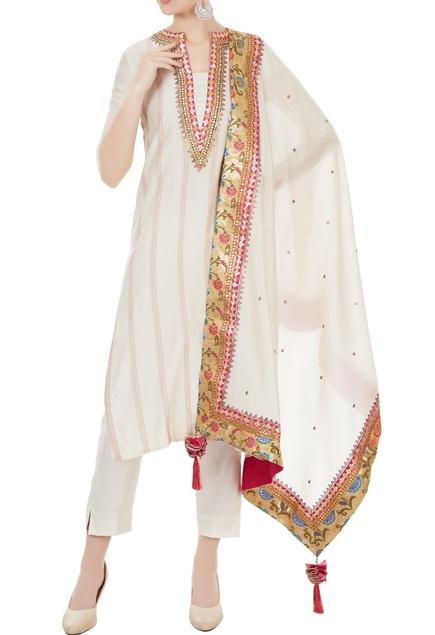 Off white chanderi gota embroidered kurta & dupatta