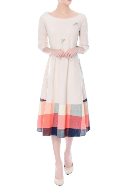 Off-white A-line dress with checkered bottom