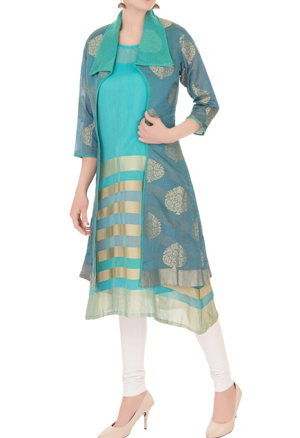 Blue reverse collar front open jacket with inner kurta