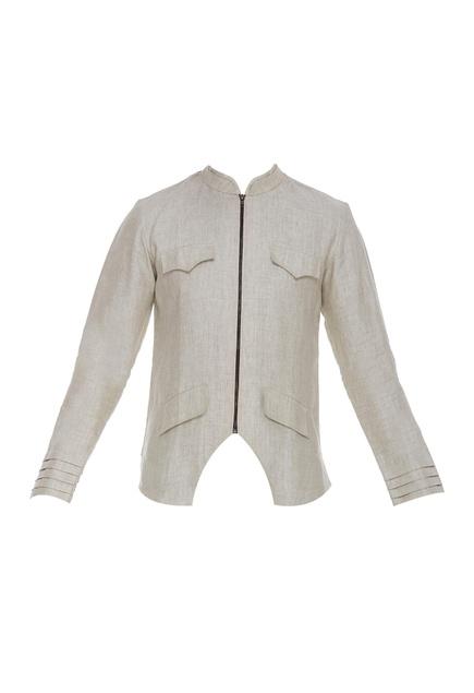 Zippered jacket with pockets