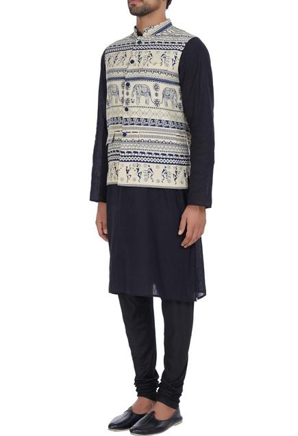 Crepe bandi jacket with warli print.
