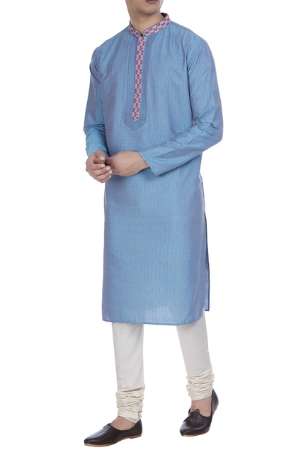 Block printed kurta with embroidered placket