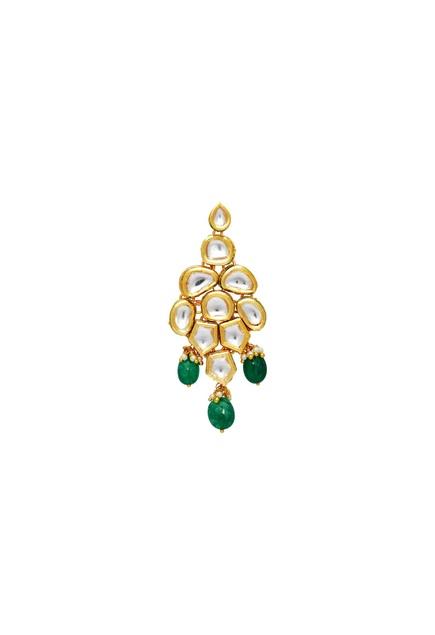 Kundan necklace with maangtikka & earrings.