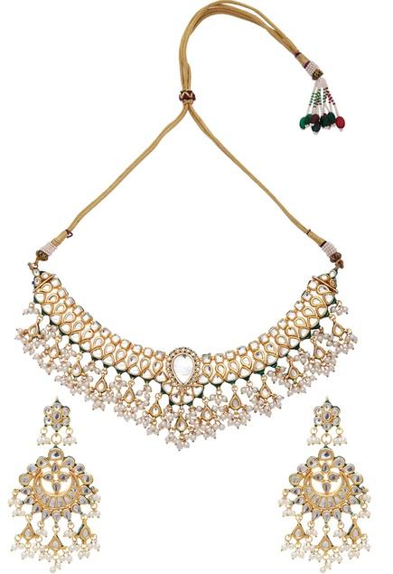 Kundan & faux pearls necklace, maangtikka & earring set