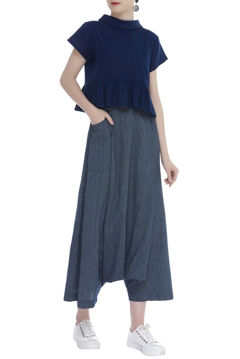 Draped pants with pocket