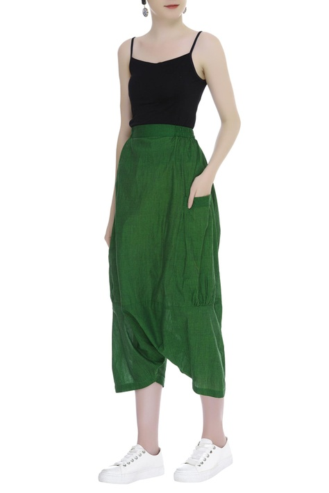 Draped pants with side pocket