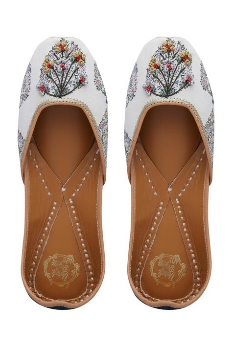 Floral Printed & Embroidered Jooti