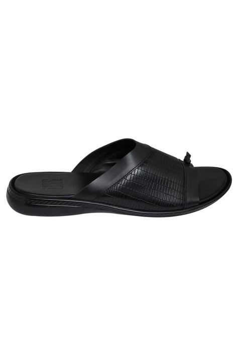 Textured front flat sandals