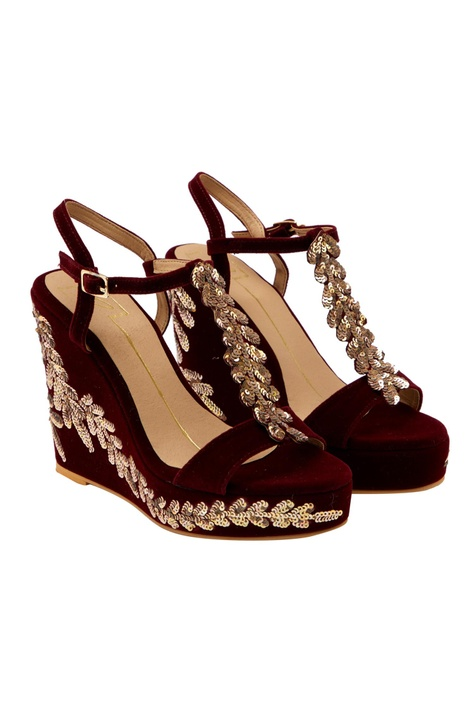 Maroon sequin embroidered wedges