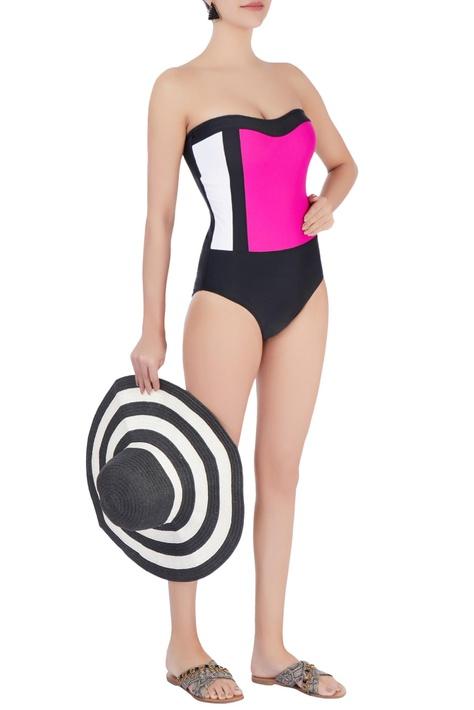 Black  strapless one-piece swimsuit