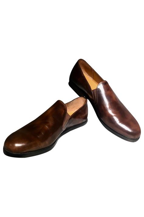 Closed Heel Brogues